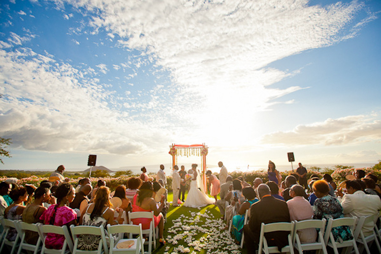 Wedding Ceremony Ocean Side in Maui